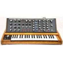 Синтезатор Moog Minimoog Voyager Old School
