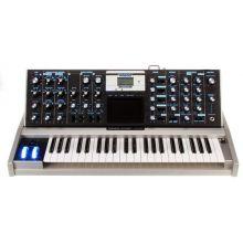 Синтезатор Moog Aluminium Minimoog Voyager
