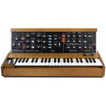 Синтезатор Moog Minimoog Model D