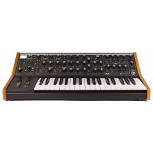 Синтезатор Moog Subsequent 37